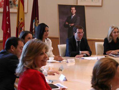 Primera reunión de la Junta de Gobierno del Ayuntamiento de Madrid con José Luis Martínez-Almeida como alcalde.