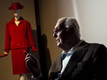 Hubert de Givenchy posa durante una entrevista en Madrid, en 2014.