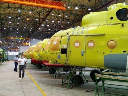 La fábrica de Russian Helicopters en Ulán-Udé, en la región rusa de Buriatia, a finales del pasado julio. En la histórica planta se han fabricado más de 9.000 aeronaves en 83 años.