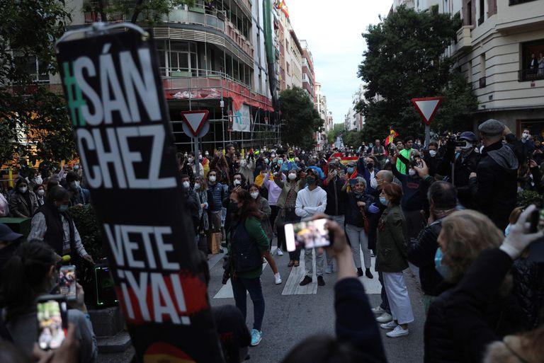 Concentración contra el Gobierno en el barrio madrileño de Salamanca.