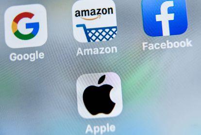 Los logos de Apple, Google, Amazon y Facebook.