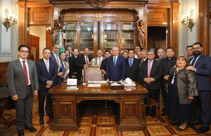 Una reunión entre López Obrador y la comunidad evangélica, en febrero pasado.