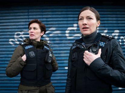 Vicky McClure y Kelly Macdonald, en la sexta temporada de la serie 'Line of Duty'.