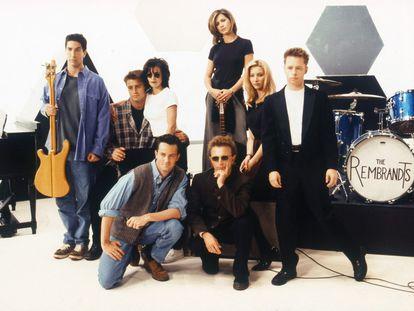 Los protagonistas de 'Friends' junto al dúo The Rembrandts, en 1995.