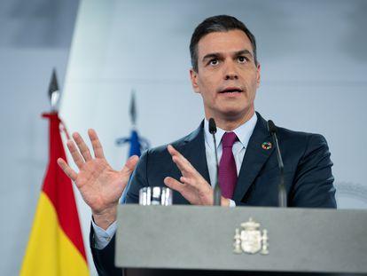 Pedro Sánchez, en una comparecencia en la Moncloa, este domingo.