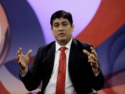 Carlos Alvarado, el domingo en un debate televisado.
