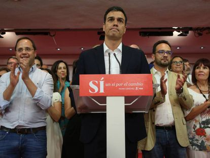 Pedro Sánchez durante su comparecencia para analizar los resultados.