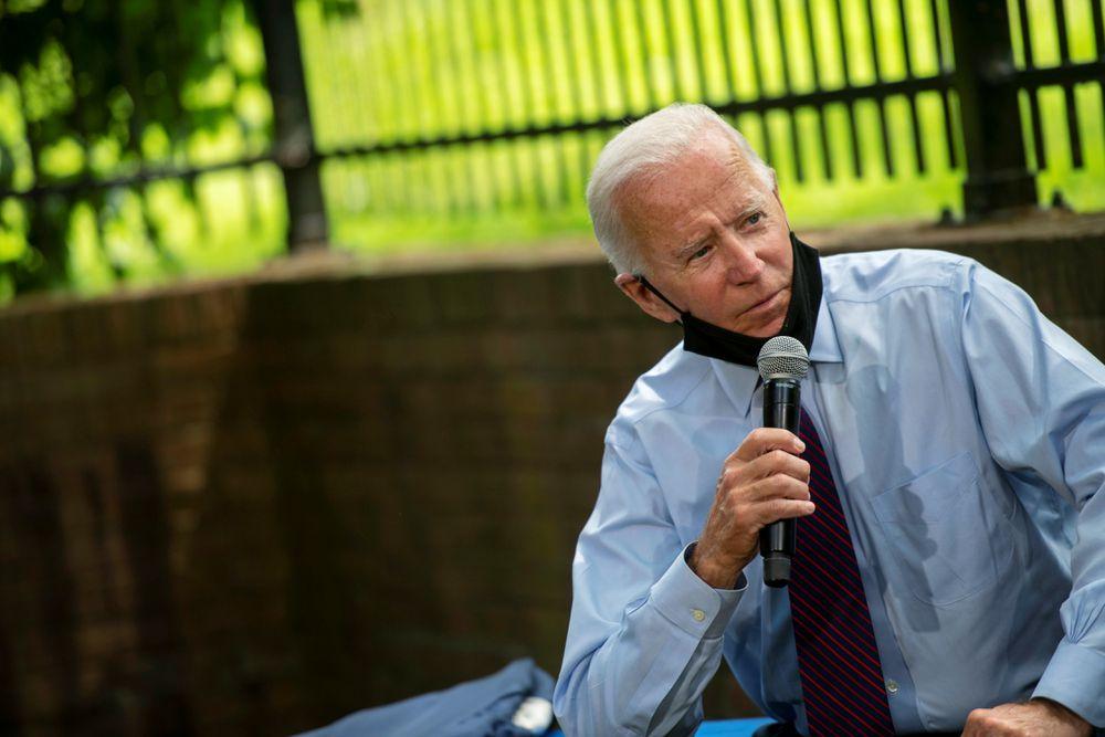 ELECCIONES USA. Biden despega en los sondeos frente a un Trump erosionado por la crisis