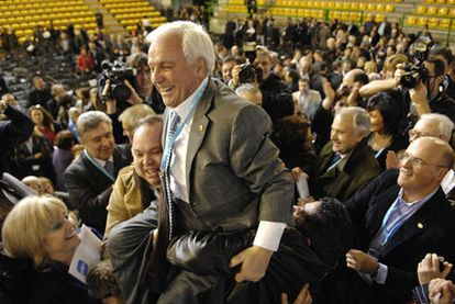 José Luis Baltar, en el centro, durante el congreso provincial del PP de Ourense en  enero de 2010.