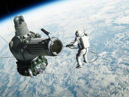 Fotograma de 'The Spacewalker', sobre el primer paseo espacial en 1965.