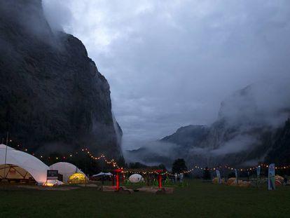 Campo Base del The Mount Festival a los pies del monte Eiger