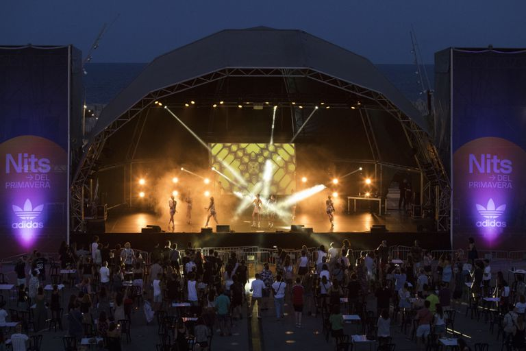 Imagen del escenario de las Nits del Fòrum durante el concierto reciente de Mala Rodríguez.
