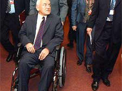 El primer ministro polaco, Leszek Miller, ayer en la cumbre de Bruselas.