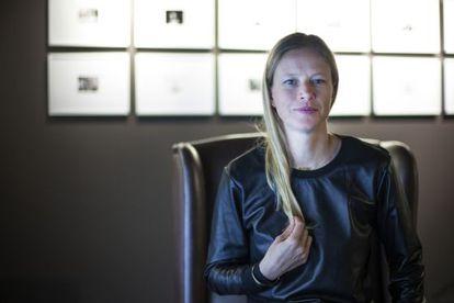 Anna Bauer en la Galería Loewe de Barcelona.