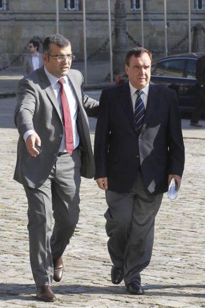 Los alcaldes de Oza dos Ríos (izquierda) y Cesuras.