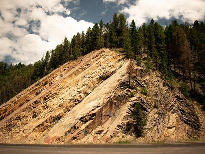 Los megaterremotos ocurren en las zonas de subducción, en las que una placa tectónica es empujada debajo de otra.