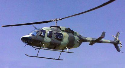 Un helicóptero fumigador de la Fuerza Aérea Mexicana.