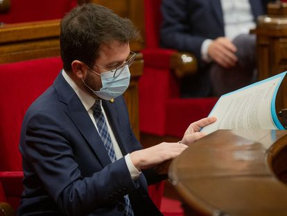 El vicepresidente del Govern, Pere Aragonès, durante el pleno del Parlament este miércoles.