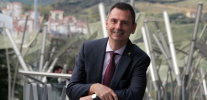 Peter Hoffman en su visita al Palacio Euskalduna (Bilbao).