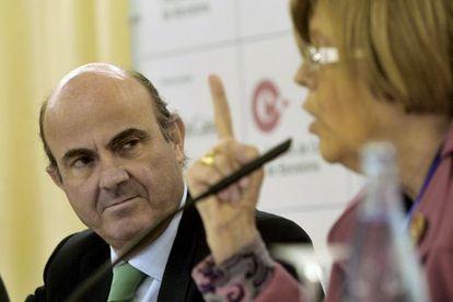 El ministro de Economía, Luis de Guindos, en las jornadas económicas de S'Agaró.