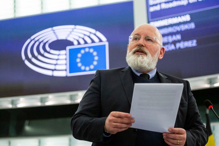 Frans Timmermans, vicepresidenta de la Comisión Europea, en la Eurocámara.