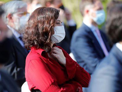 La presidenta de la Comunidad de Madrid, Isabel Díaz Ayuso, en el acto de Estado de reconocimiento y memoria a todas las víctimas del terrorismo en los jardines del Palacio Real.