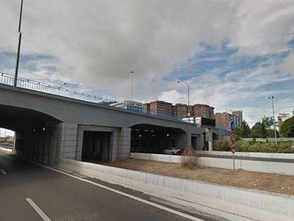 Puente de la avenida del Mediterráneo, cuya reparación empieza mañana.
