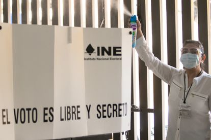 The National Electoral Institute (INE) made a presentation to the media of the health measures and protocol that it will apply for the elections, on June 6, 2021.