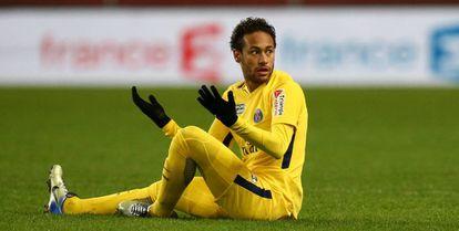 Neymar, durante su último partido ante el Rennes.