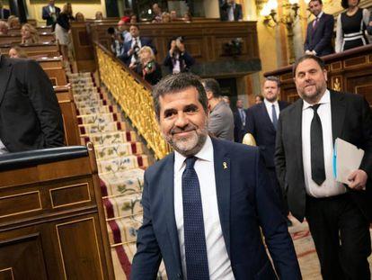 Jordi Sànchez, en primer plano, seguido de Oriol Junqueras, en el pleno del Congreso, la pasada semana.