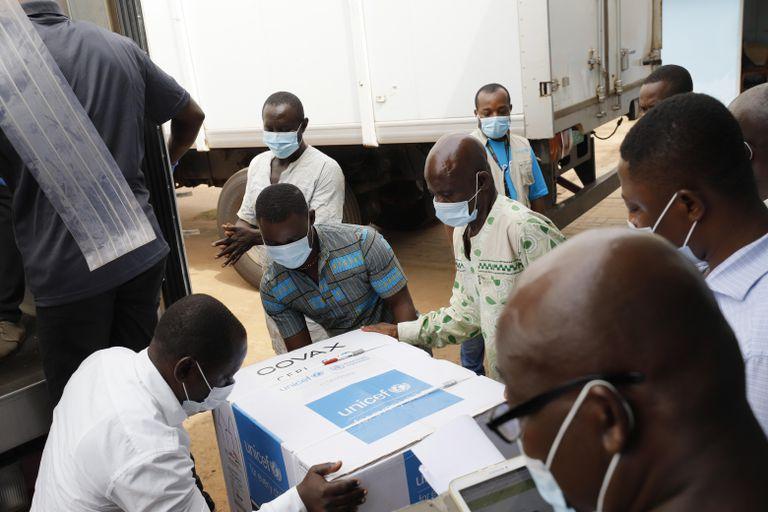 Llegada de vacunas a Accra (Ghana), el pasado miércoles.