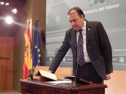 José Luis Olivera toma posesión del cargo. Foto facilitada por el Ministerio del Interior.