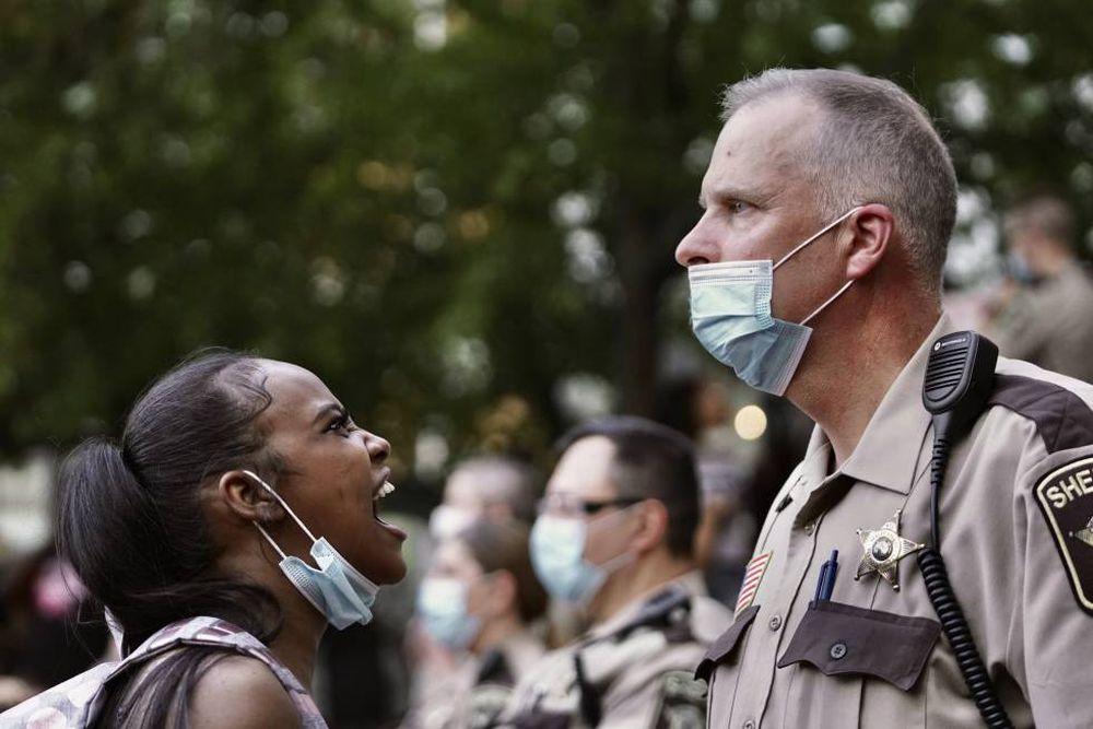 Las protestas contra la muerte de un afroamericano a manos de la policía se extienden por Estados Unidos