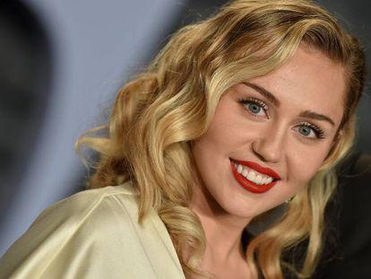 Miley Cyrus en la fiesta de los Oscar de 'Vanity Fair' de este año.