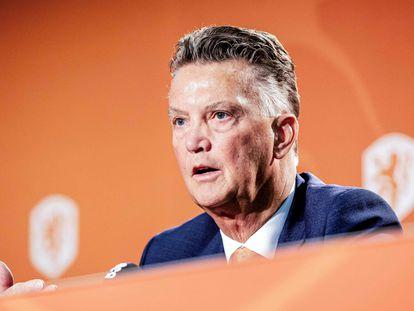 Van Gaal, durante la rueda de prensa para presentarse como nuevo seleccionador holandés.