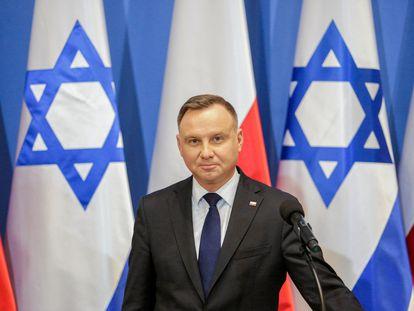 El presidente de Polonia, Andrzej Duda, en un acto con altos cargos israelíes, en 2020 en Varsovia.
