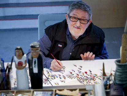 El pintor Juan Genoves, en su estudio.