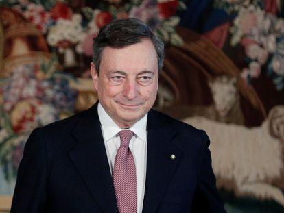 El primer ministro de Italia,  Mario Draghi, posa para una foto después de la ceremonia de juramento de los nuevos ministros del gabinete, en el Quirinale en Roma, (Italia) el pasado 13 de febrero.