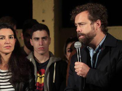 Rocío Monasterio e Iván Espinosa de los Monteros, en un mitin de Vox en Madrid el pasado 2 de noviembre. En vídeo, declaraciones de Espinosa de los Monteros.