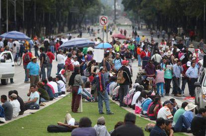 Maestros mexicanos protestan este miércoles en el DF.
