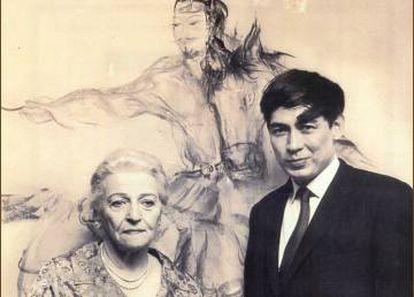 Henderson con la Nobel Pearl S. Buck en 1968.