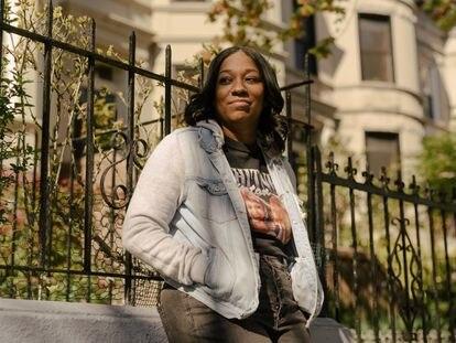 La escritora Brit Bennett, en Brooklyn, el distrito de Nueva York donde vive.