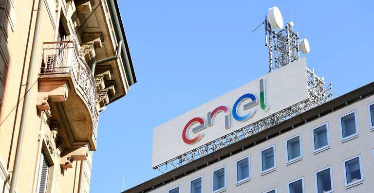 Sede Enel a Milano, in un file foto.
