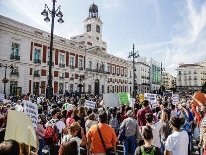 Manifestación en Madrid con motivo del Día Mundial de la Salud Mental.