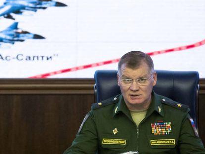 El portavoz del ministro de Defensa ruso, Igor Konashenkov, durante una comparecencia este jueves en Moscú.