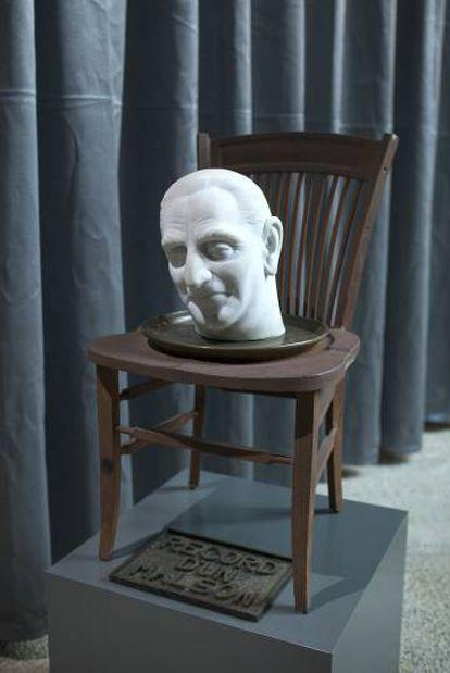 Escultura de Joan Brossa con la cabeza del alcalde franquista Porcioles.