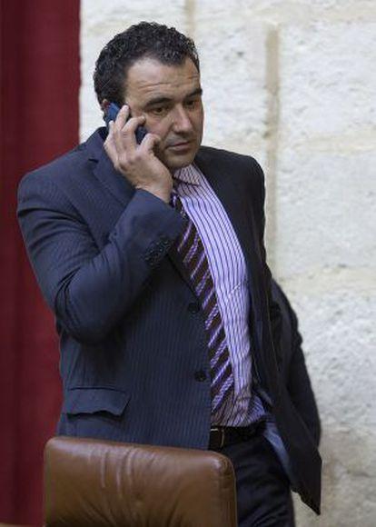 El diputado José Cara, en el Parlamento.