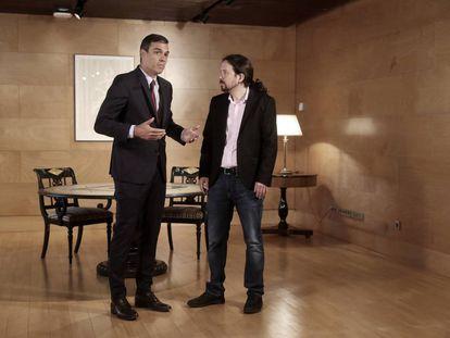 El secretario general y presidente del Gobierno en funciones, Pedro Sánchez, se reune con el líder de Unidas Podemos, Pablo Iglesias, para intentar llegar a un acuerdo de investidura, el pasado 9 de julio.