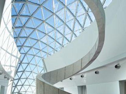 Interior del museo de Dalí en St. Petersburg (Florida).