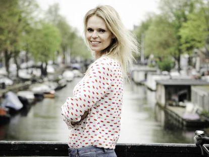 Moniek Wassenaar, una de las supuestas hijas del médico holandés Jan Karbaat. Vídeo: declaraciones de otro de los supuestos hijos del doctor.